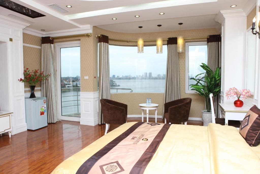 Suite Junior Nhìn ra Hồ