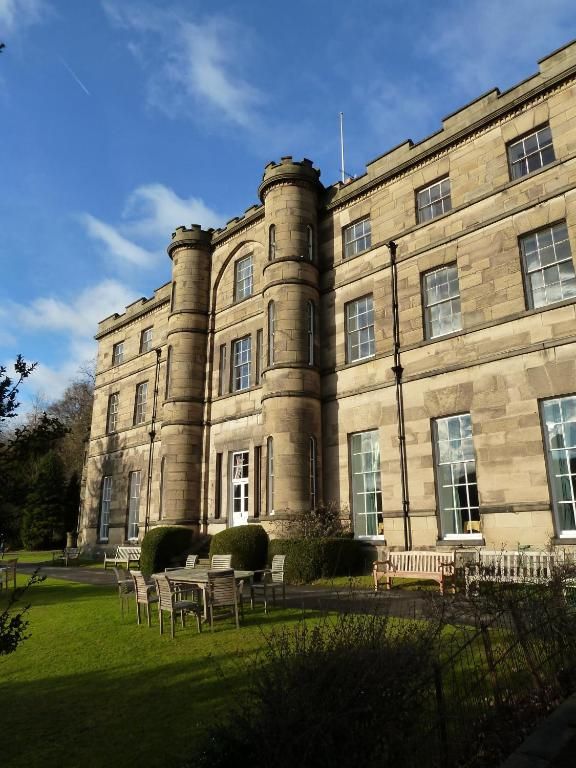 Willersley castle hotel matlock online booking - Matlock hotels with swimming pools ...