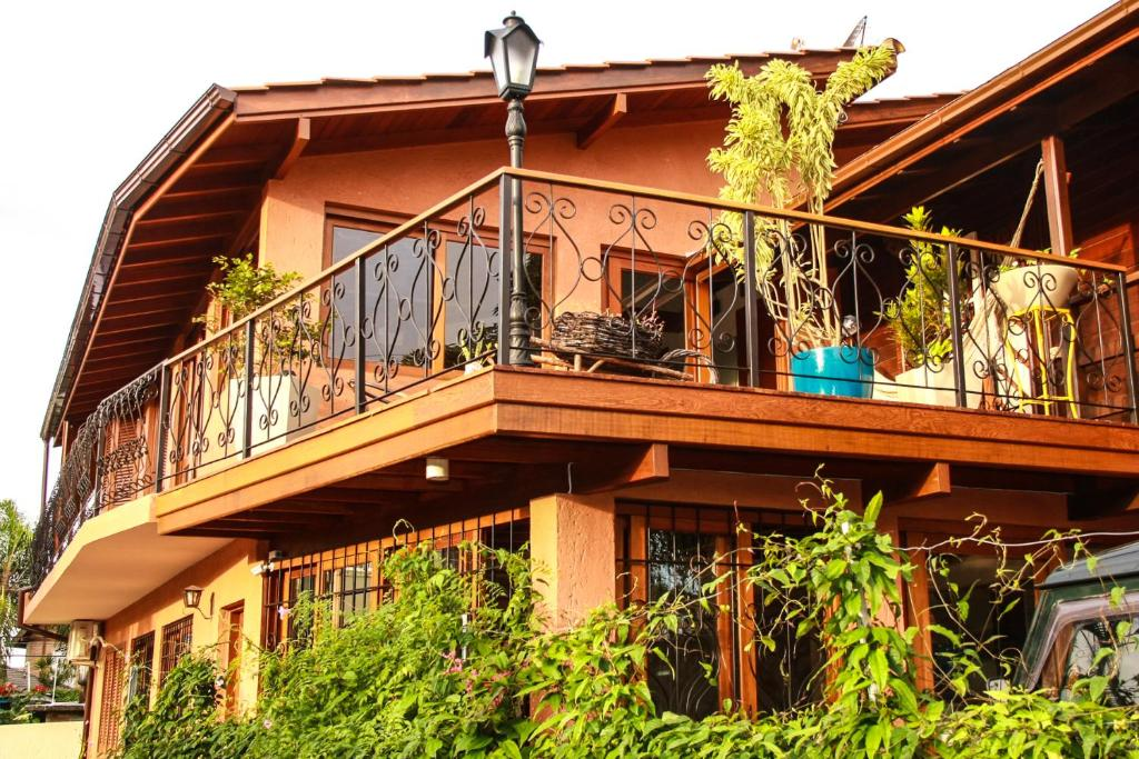 Uma varanda ou terraço em Mama Africa Hostel