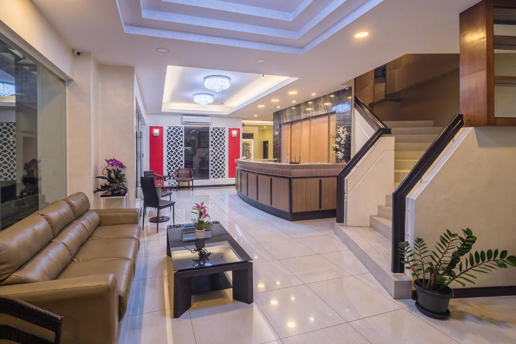 Asia stars hotel tacloban city book your hotel with viamichelin for Stars swimming pool tacloban city