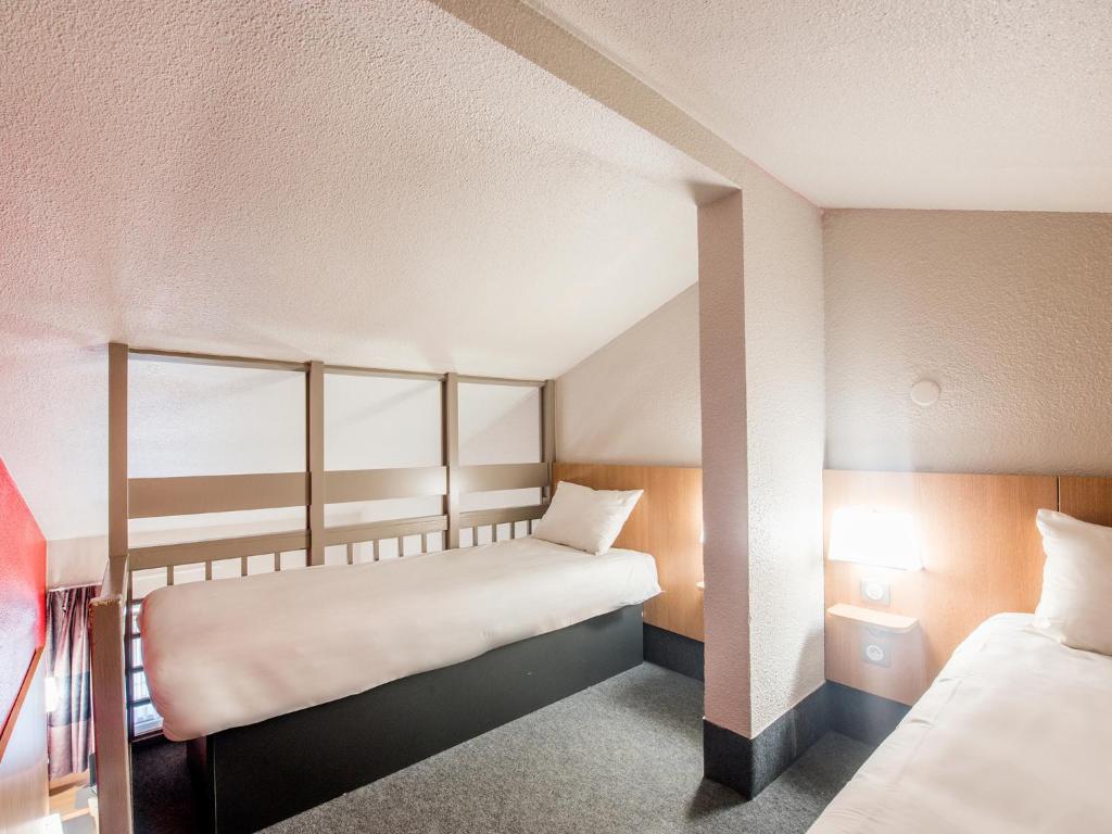 B U0026b Hotel Brest Kergaradec Gouesnou