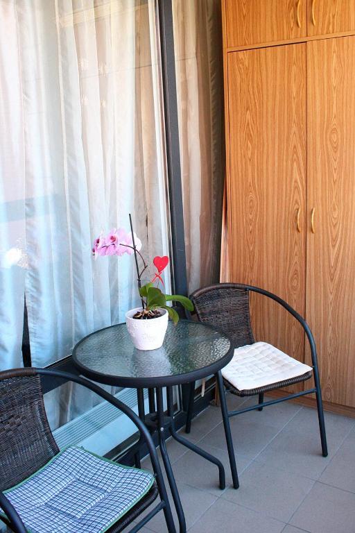 <div data-et-view=NAFQCDCcdXDPdFO:1</div Apartment Mantas Vilnius