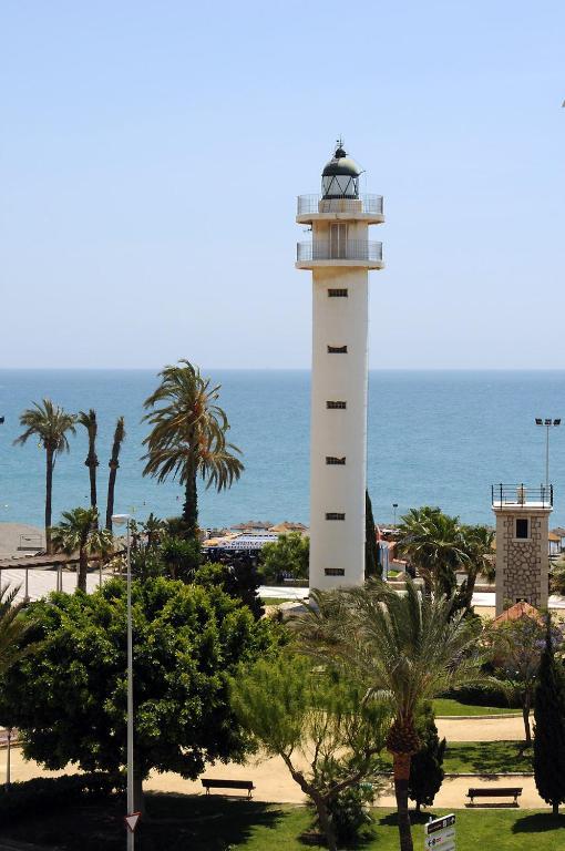 Apartment apart terrasol faro dar torre del mar spain for Cerrajero torre del mar