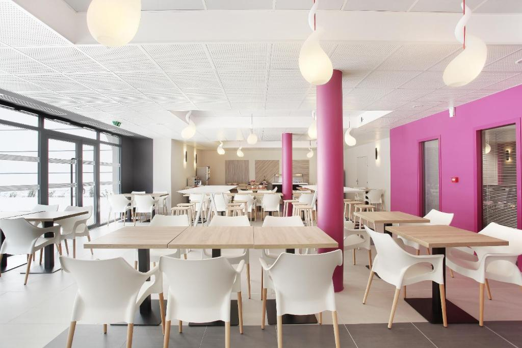 Appart 39 hotel odalys le d me marseilles online booking for Self garage marseille