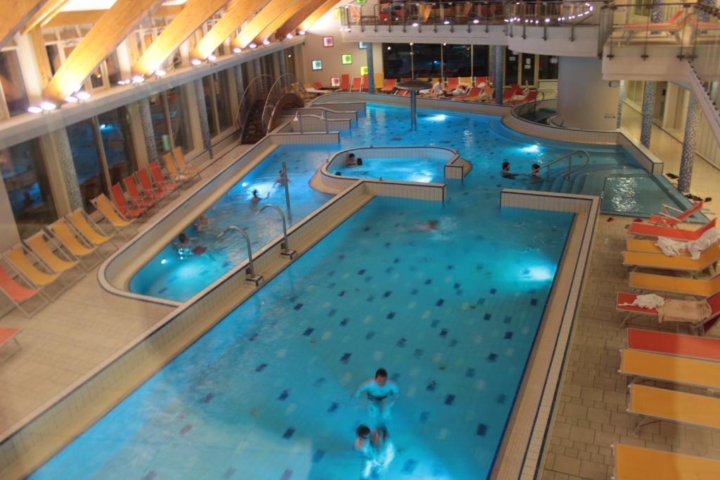 Hotel Velence Resort And Spa