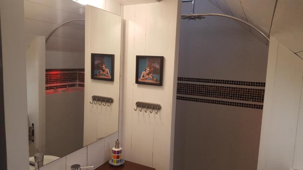 Chambres d 39 h tes couleurs du temps chambres d 39 h tes p rigueux - La douche perigueux ...