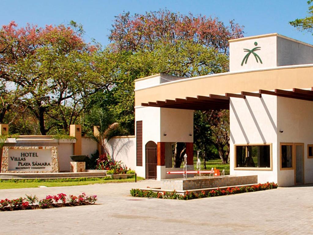 Villas playa samara costa rica s mara for Hoteles en jaen con piscina