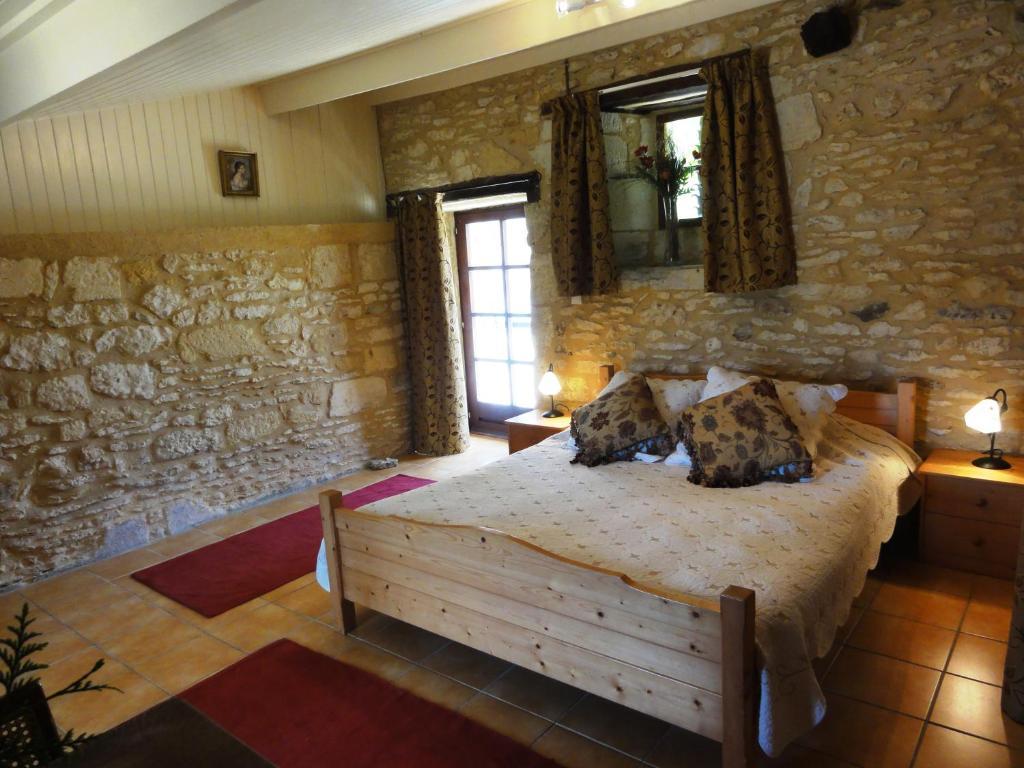 Chambres d 39 h tes le ch vrefeuille chambres d 39 h tes saint cyprien en dordogne 24 - Chambre d hote saint cyprien ...