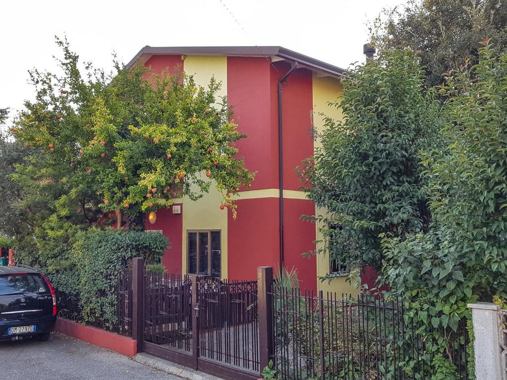 Casa vacanze la casa rossa italia treviso - Il giardino di barbano ...