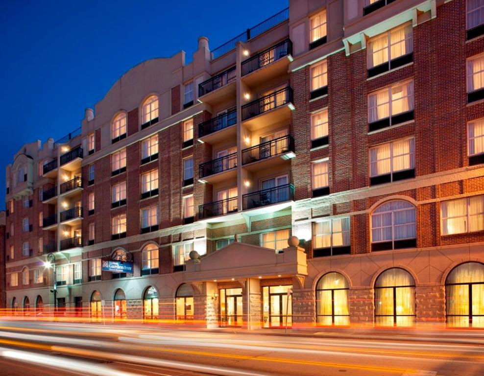 Hilton Hotel In Savannah Ga On Bay Street