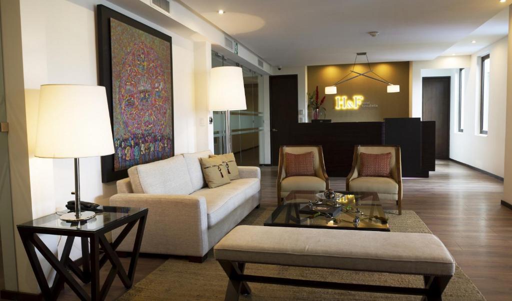 אזור ישיבה ב-H&F Hotel Fontabella