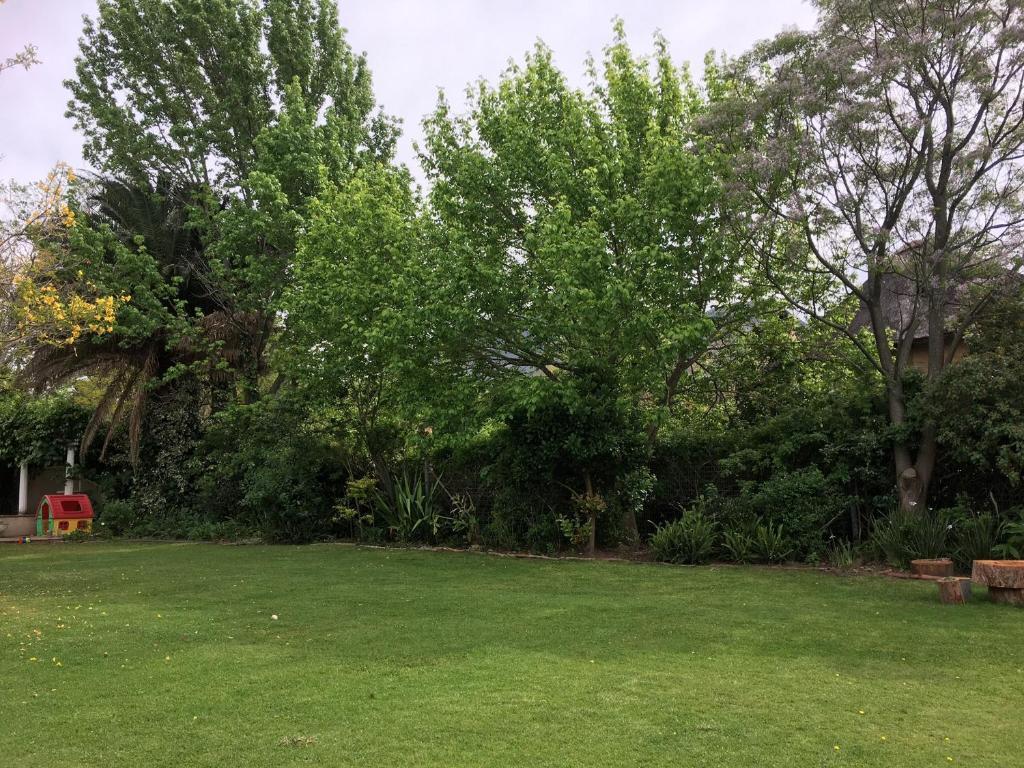 Jardin de fees stellenbosch informationen und for Jardin online