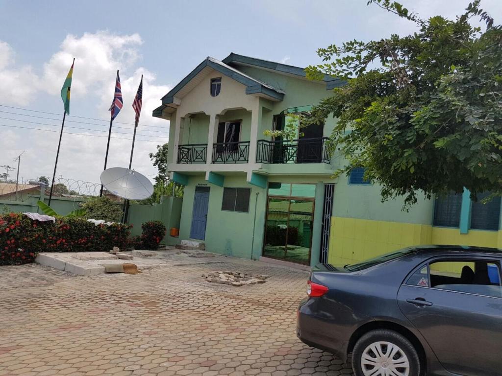 Josmay Guesthouse