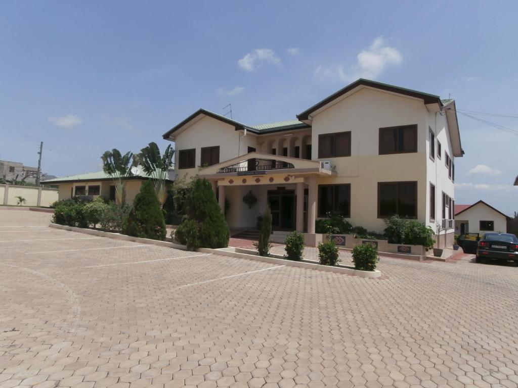 Excelsa Lodge