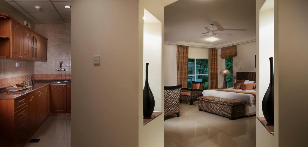 Al nahda resort spa r servation gratuite sur viamichelin for 111 maiden lane salon