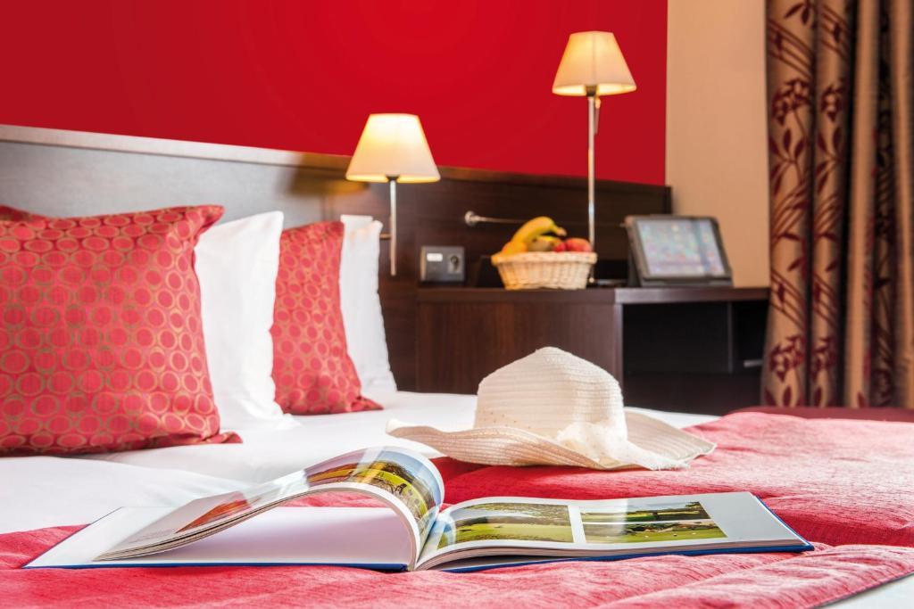 Hotel Residence Et Spa Vacances Bleues La Villa Du Lac