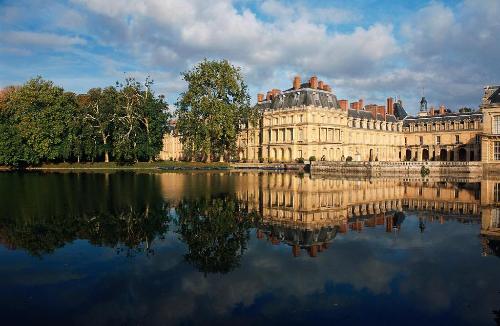 Ibis budget fontainebleau avon fontainebleau book your for Hotel fontainebleau france
