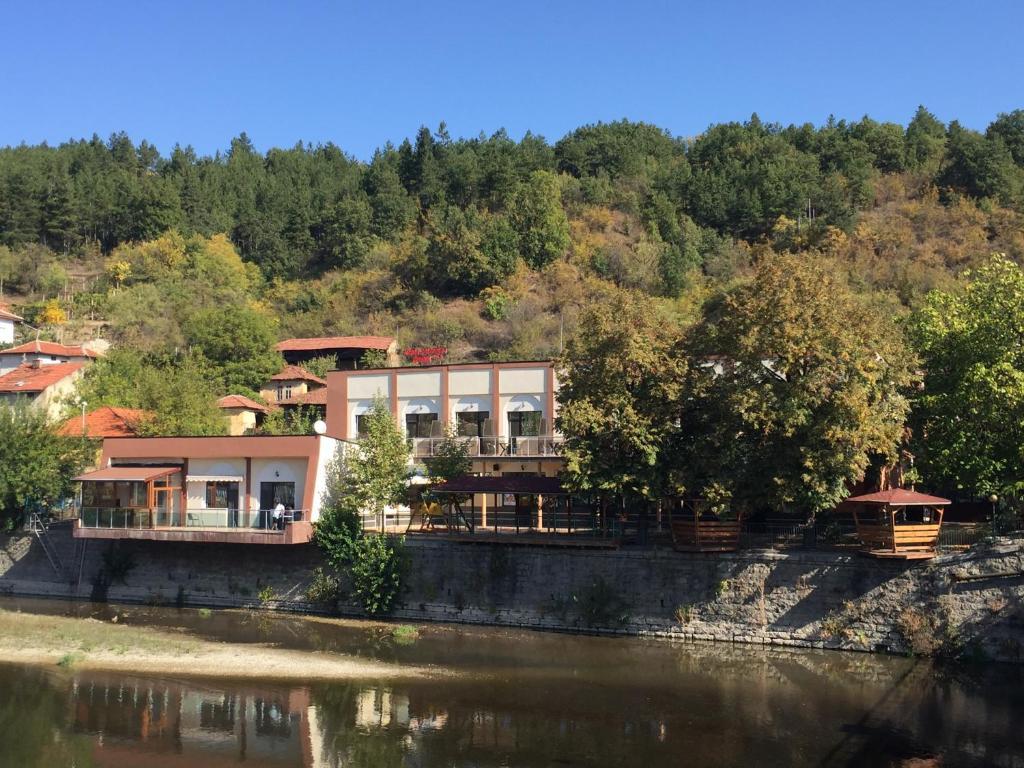 Bon bon struma hotel r servation gratuite sur viamichelin for Bon plan reservation hotel