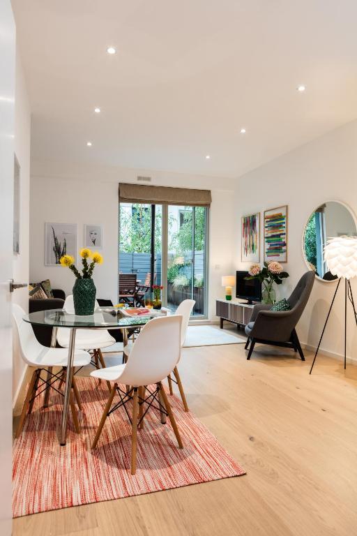 Foyer Apartments Clapham South : Apartment clapham south london uk booking