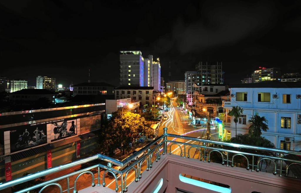 Khách Sạn Mai Đào