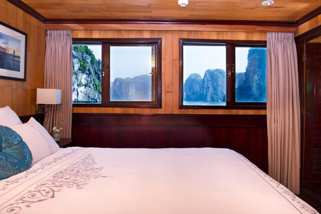 Phòng Luxury Giường Đôi/2 Giường Đơn với Cửa sổ - 3 Ngày 2 Đêm