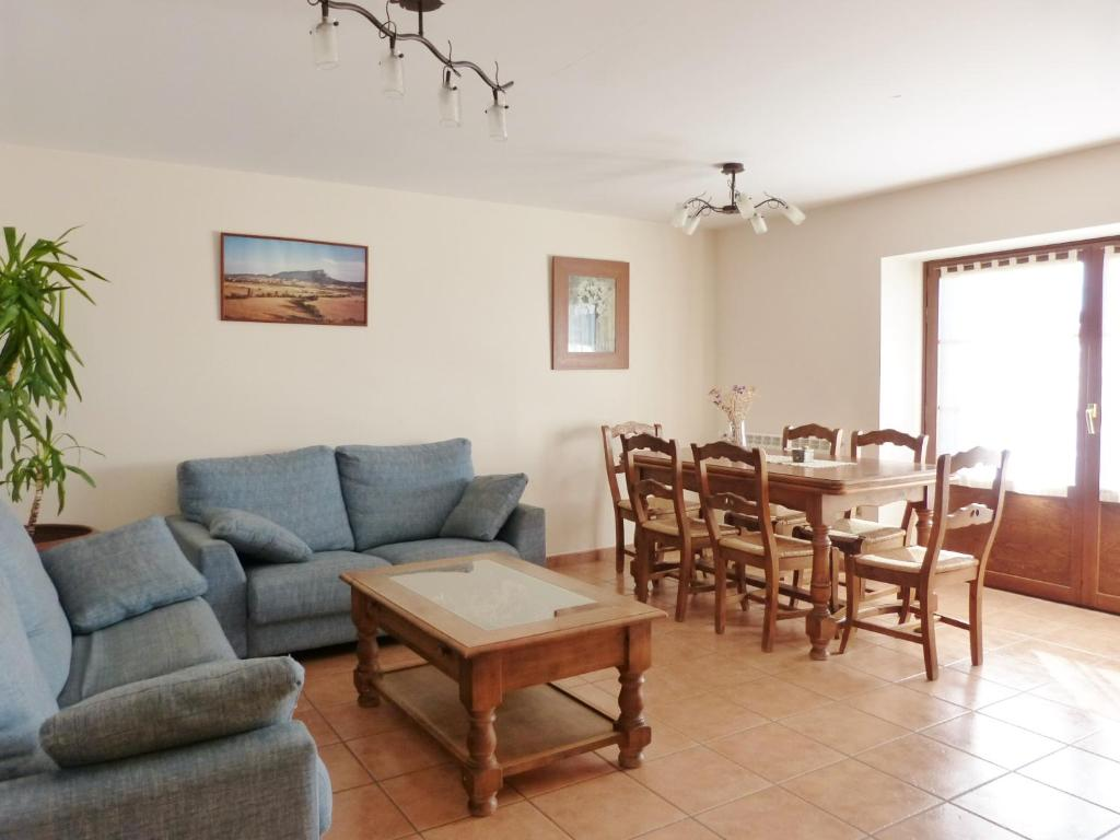 Casa de campo Casa Casbas (España Guasillo) - Booking.com