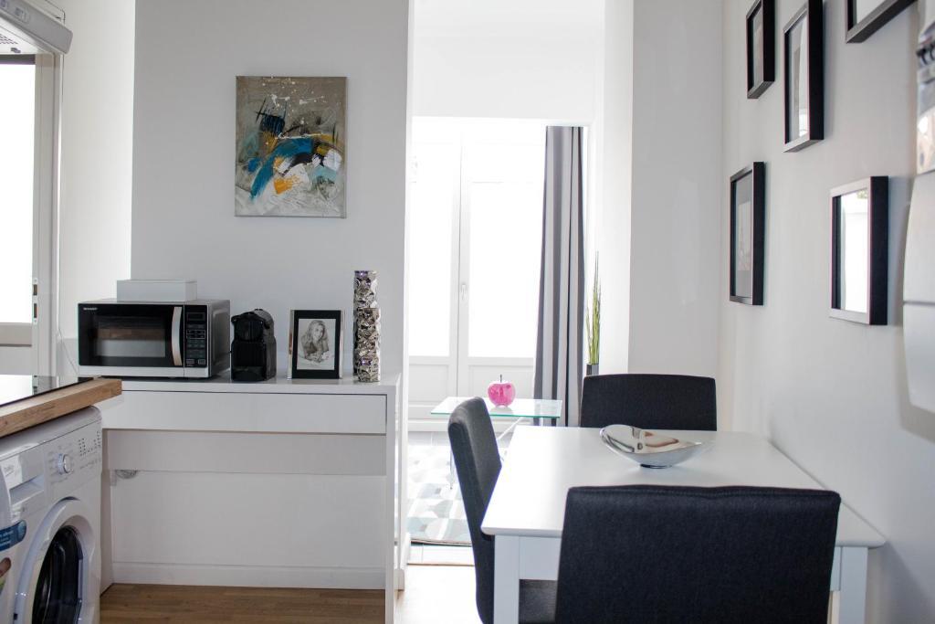 Appartement la terrasse des all es appartement - Ustensiles de cuisine toulouse ...