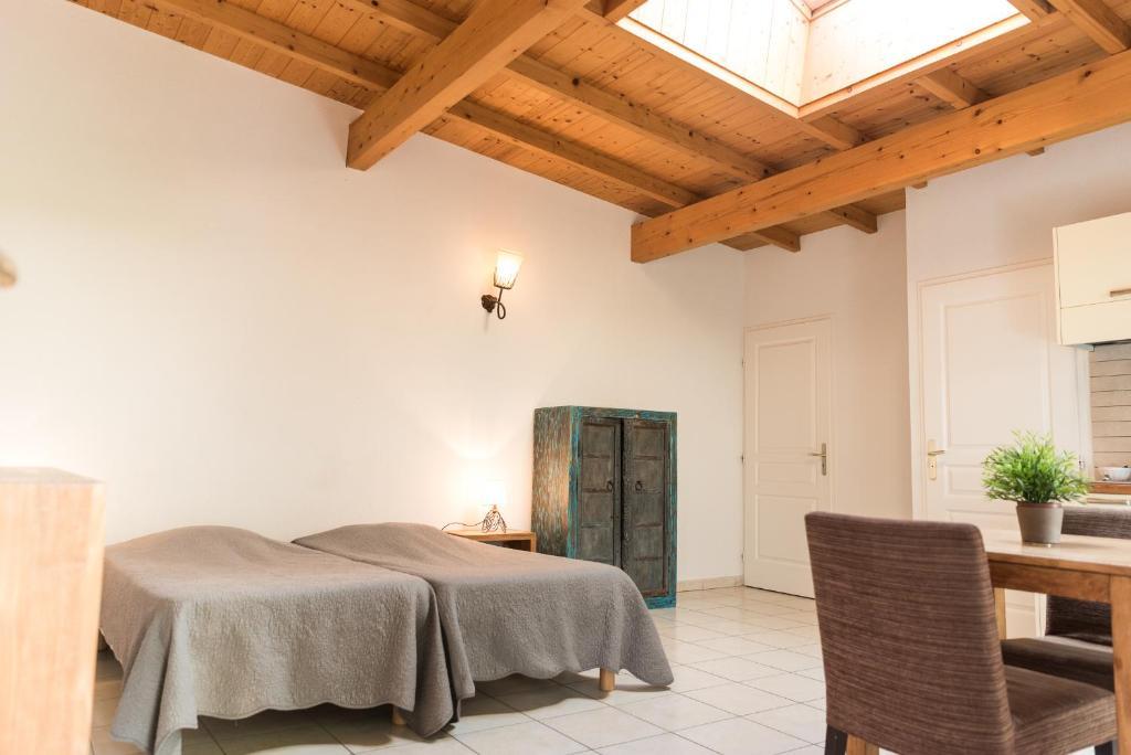 l 39 aurore du lac r servation gratuite sur viamichelin. Black Bedroom Furniture Sets. Home Design Ideas