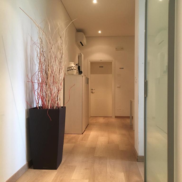Serenamente bb house treviso book your hotel with for Meuble cortina quinto di treviso