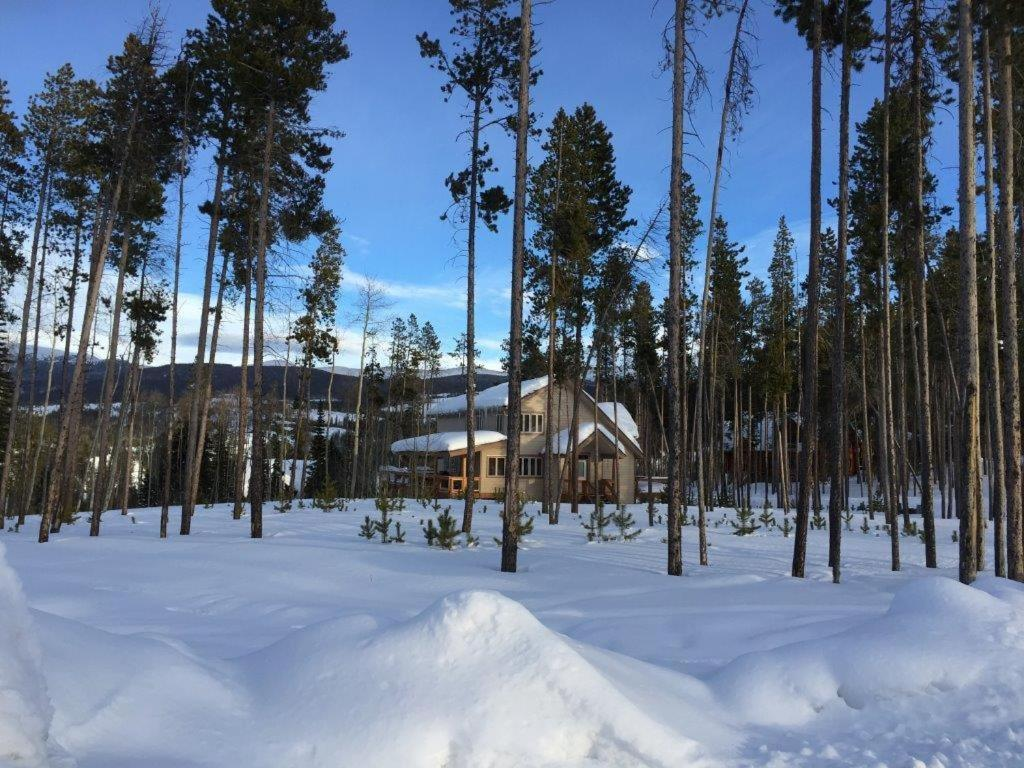 Vacation home moose crossing cabin winter park co for Winter park colorado cabins