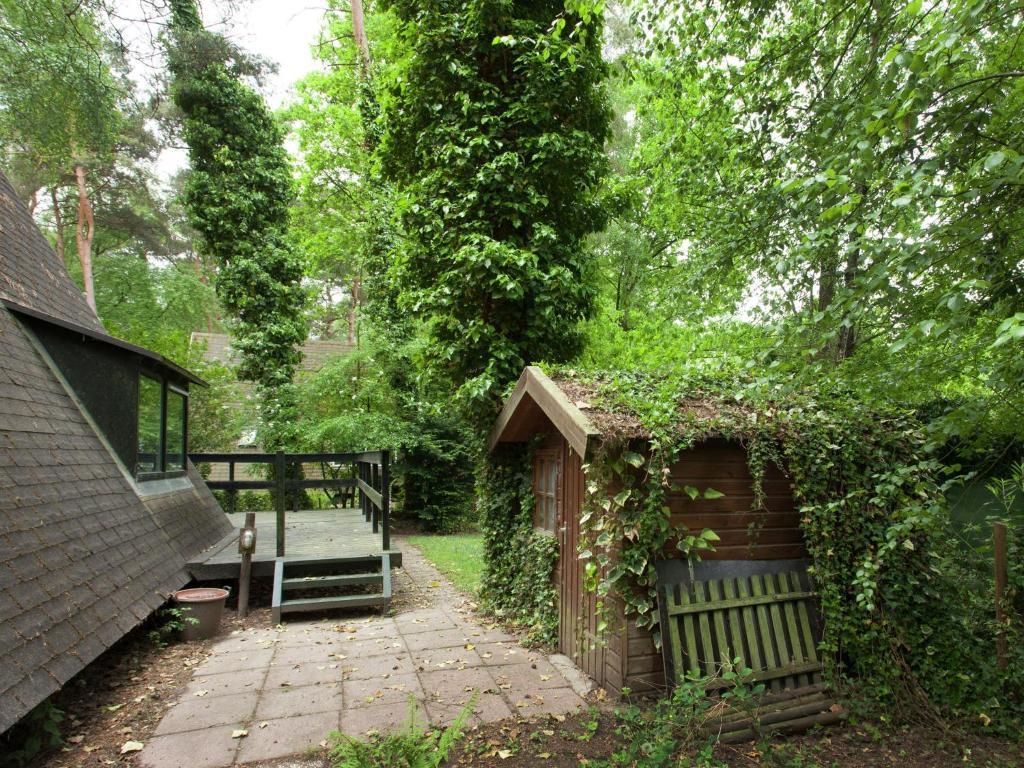 Casa de vacaciones boshuisje casa de vacaciones en rekem belgium for Casa home belgique