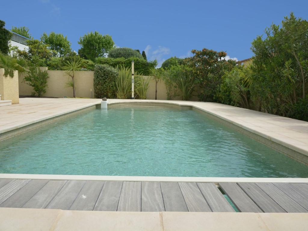 Villa plage et piscine villa au cap d 39 agde dans l for Piscine dans l herault
