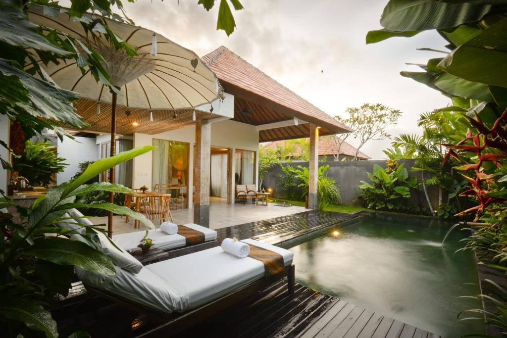 Purana boutique resort abiansemal book your hotel with for Ubud boutique accommodation