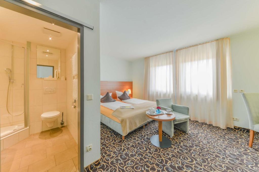 ateckhotel kirchheim teck kirchheim unter teck. Black Bedroom Furniture Sets. Home Design Ideas