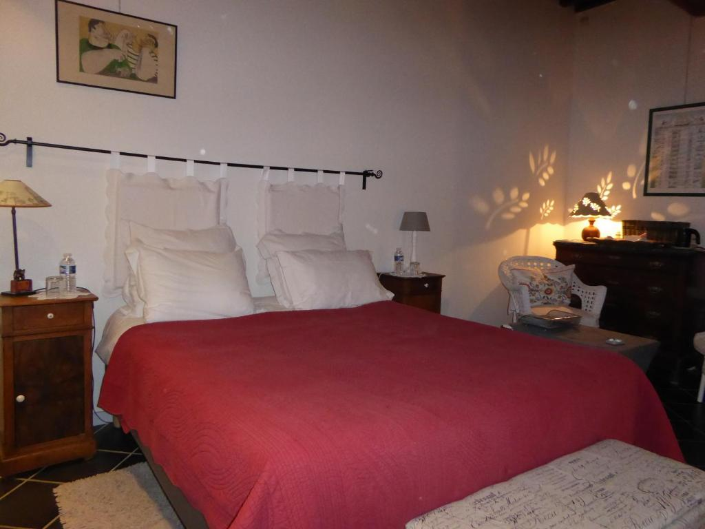 Chambre d 39 h te avignon bed breakfasts avignon for Chambre avignon