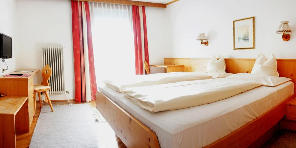 Baños Turcos Kingdom:Hotel Laserz – Lienz- reserva tu hotel con ViaMichelin