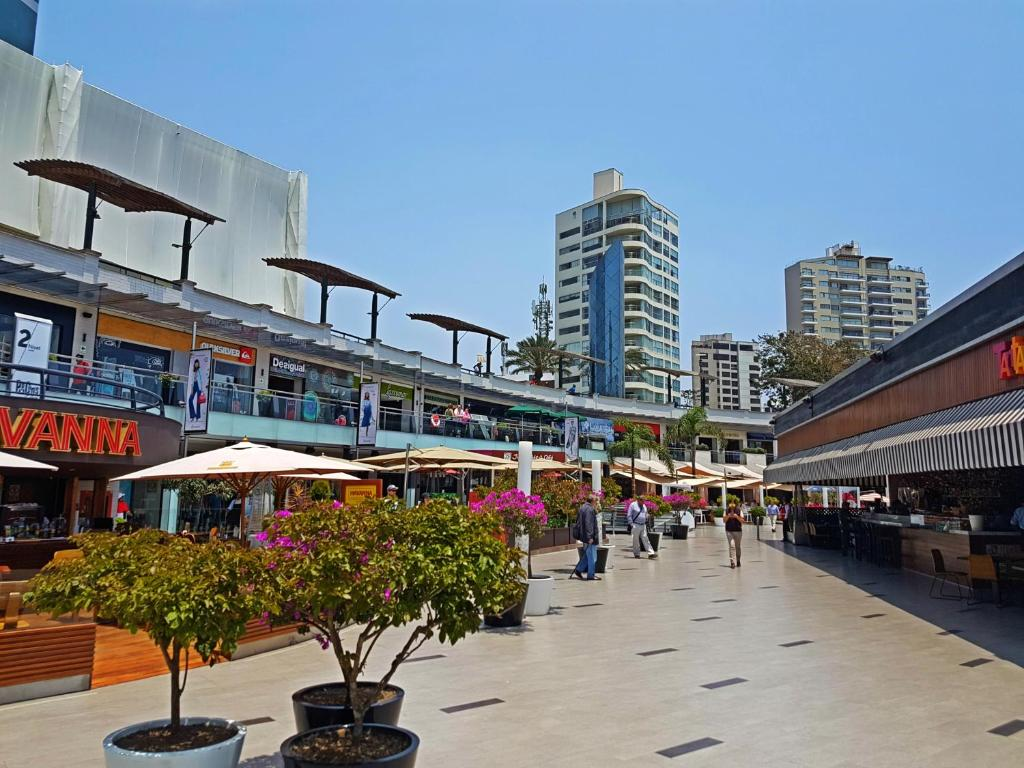 Lima Airport Hotels With Shuttle