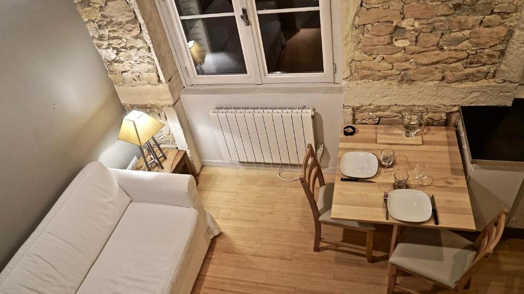 Cafe Place Rouville Lyon