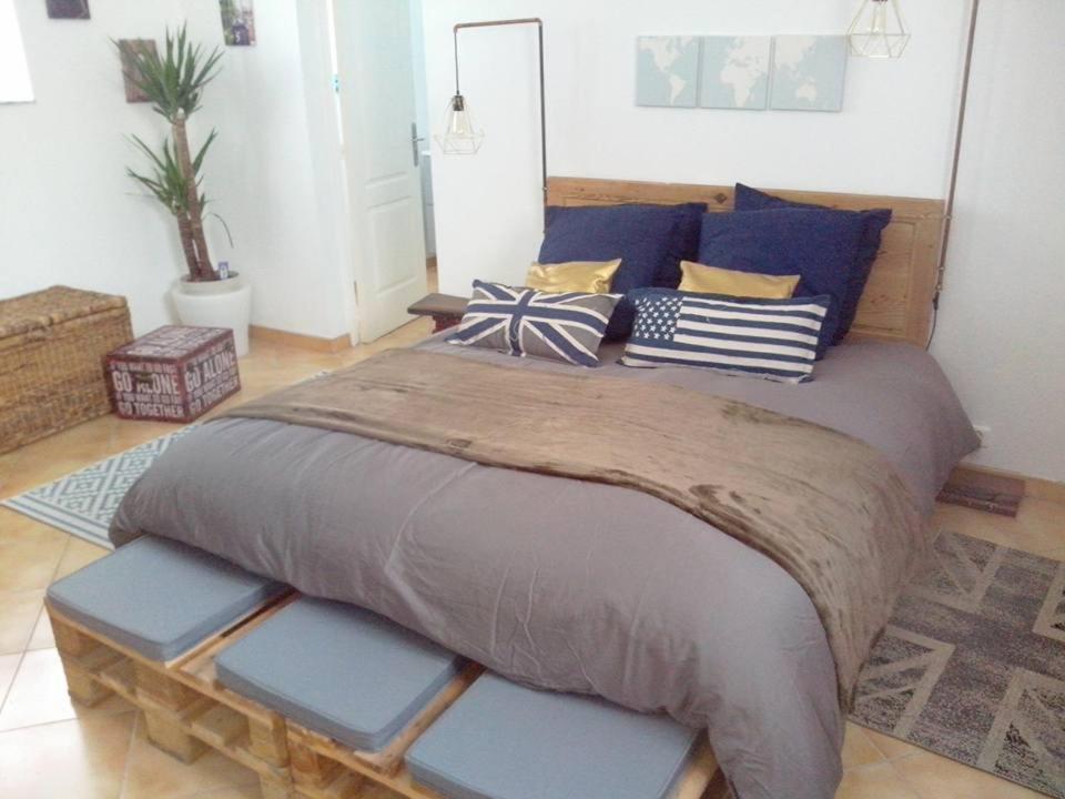 Casa de vacaciones l 39 appart francia muneville le bingard for Appart hotel dinard