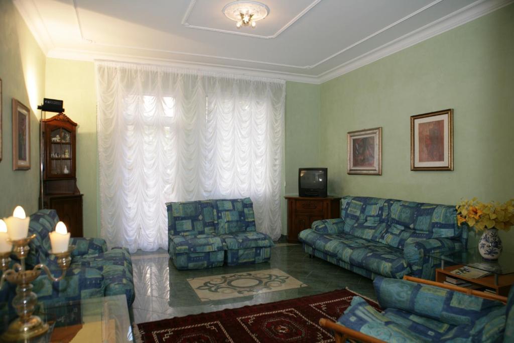 Hotel villa rosa grado reserva tu hotel con viamichelin for Hotel meuble villa patrizia grado