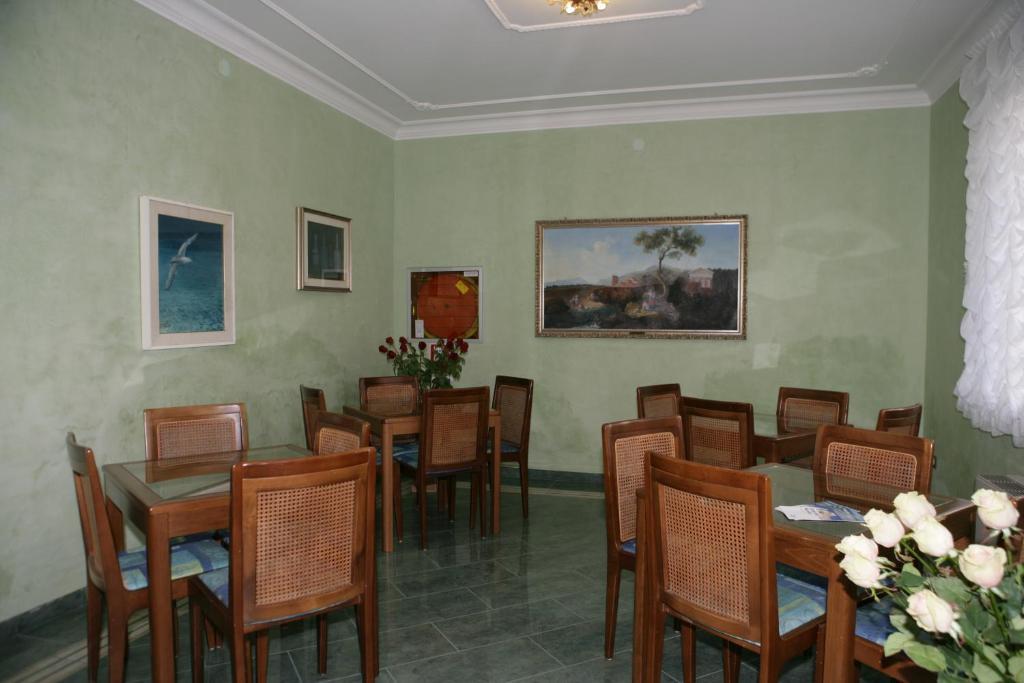 Hotel villa rosa grado prenotazione on line viamichelin for Hotel meuble villa patrizia grado