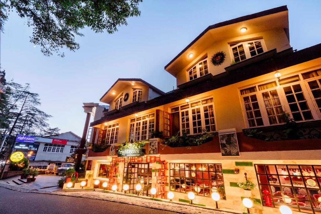 Hotels Near Shimla Lift