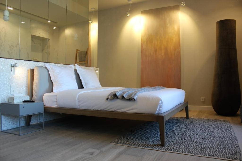 Chambres d 39 h tes les suites massena chambres d 39 h tes nice for Chambre d hotes nice