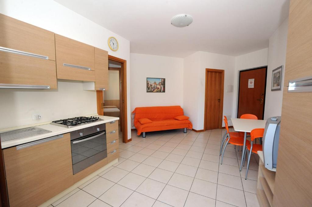 Residence sole del conero ancona reserva tu hotel con - Ancona cocinas ...
