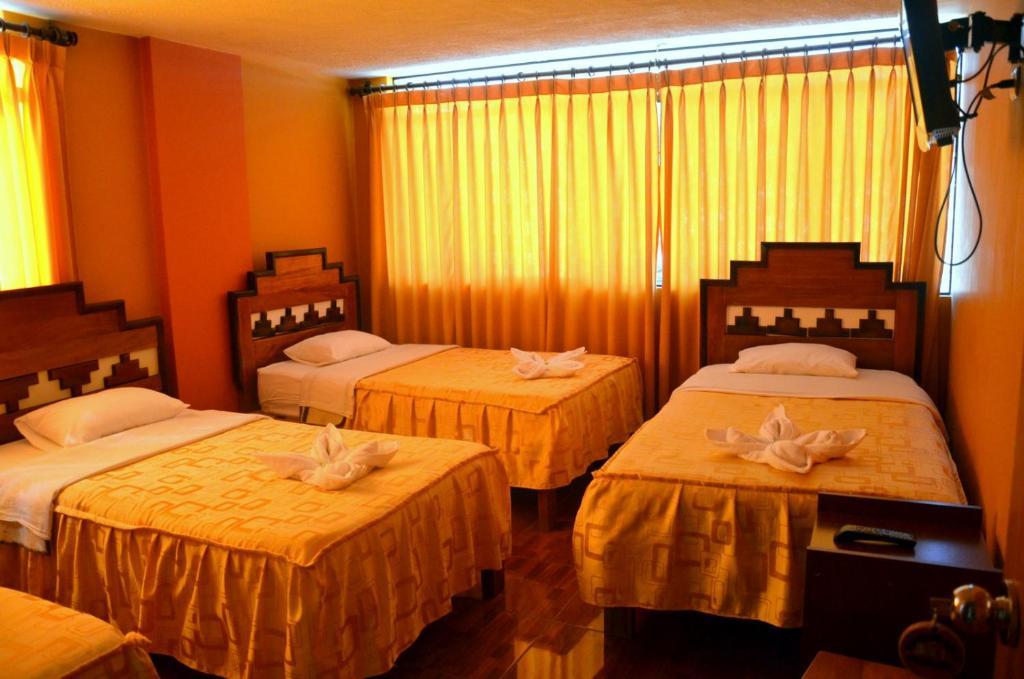 Yacumama Hotel Santa Teresa