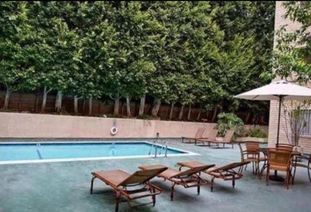 Appartement trendy west hollywood locations de vacances los angeles - Los angeles appartement ...
