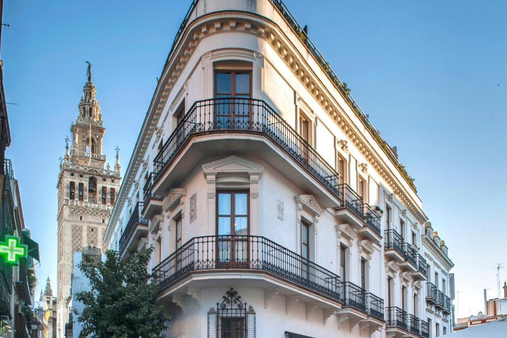 Cathedral apartment sevilla informationen und for Appart hotel seville