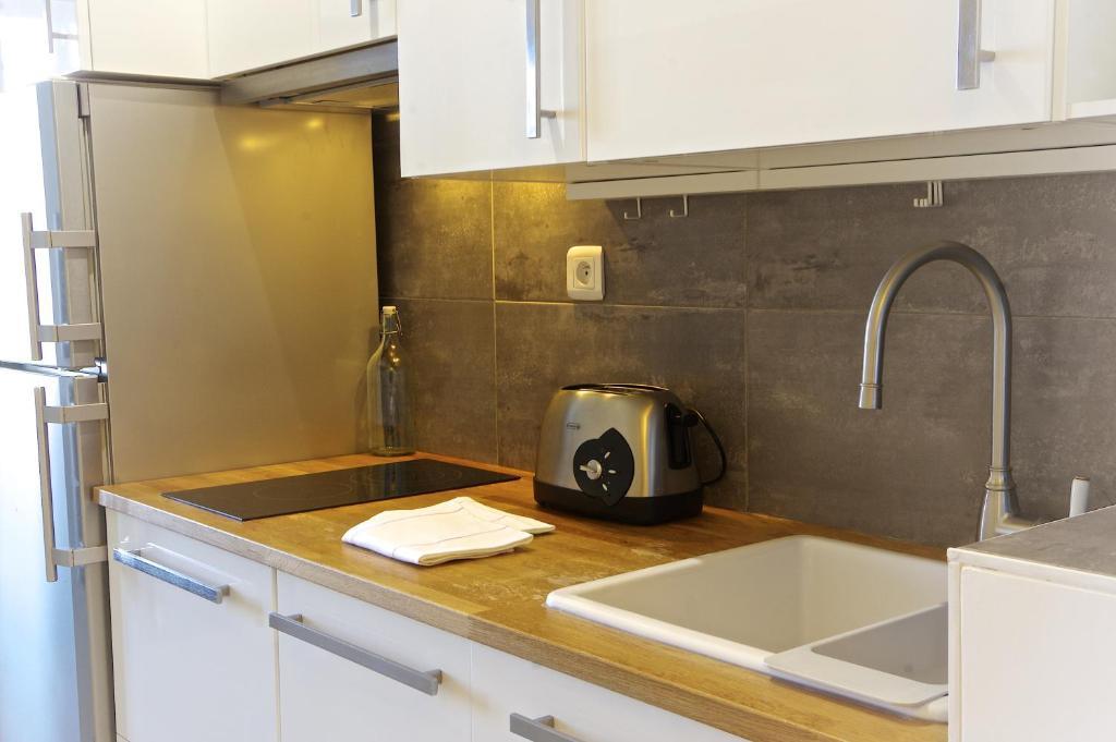 Appartement bourgeois locations de vacances bordeaux - Ustensiles de cuisine bordeaux ...