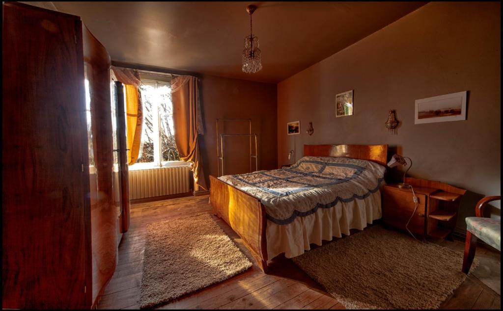 Maison d\'hôte Art Déco, Chambres d\'hôtes Saint-Saud Lacoussière
