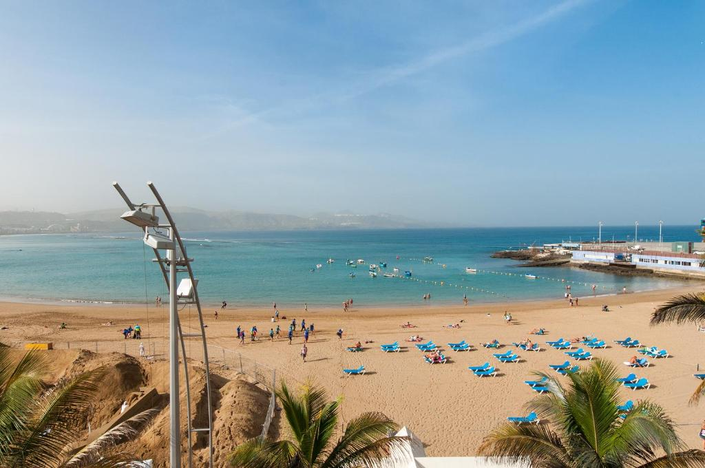encontrar masajes trajes cerca de Las Palmas de Gran Canaria